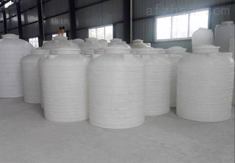 河北3吨PE储罐生产基地