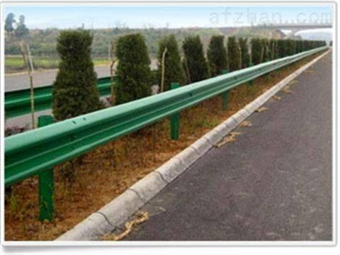 供应新洲市政护栏 高速波形护栏安装