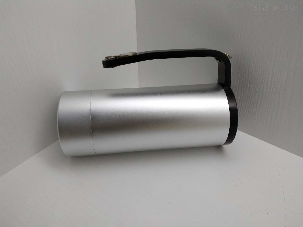 ZL8104手提式防爆探照灯LED防爆灯